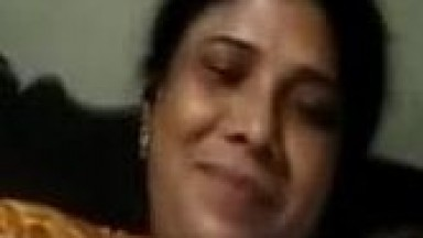 South Indian aunty having good time with lover on video call